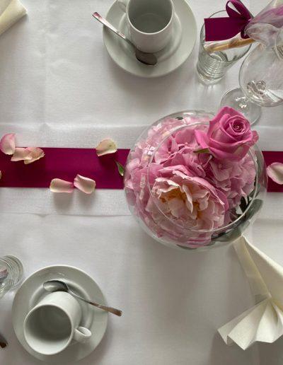 Stilvolle Tischdekoration von FeinDesign Hochzeitsdekoration